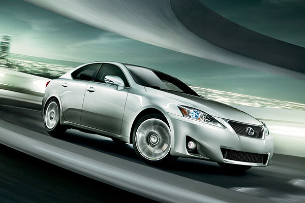 2013 model Lexus IS